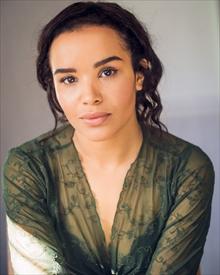 Zoe Robins