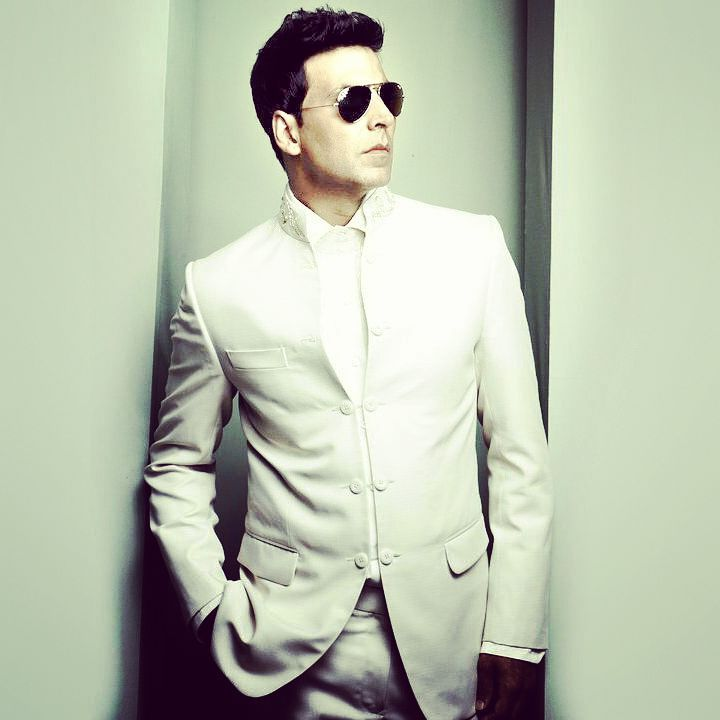 Akshay Kumar height