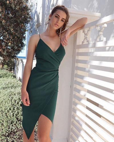 Emily Feld Height