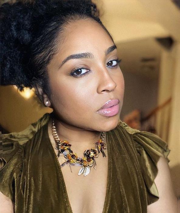 Tanisha Thomas Social Media Star