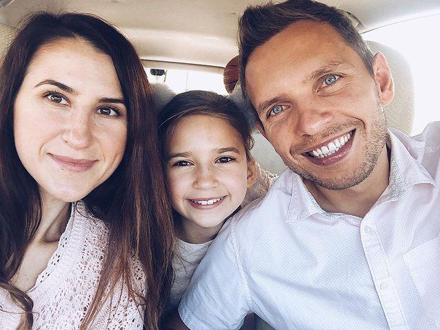 Karolina Protsenko with Parents