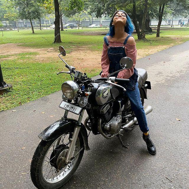 Yohani Bike